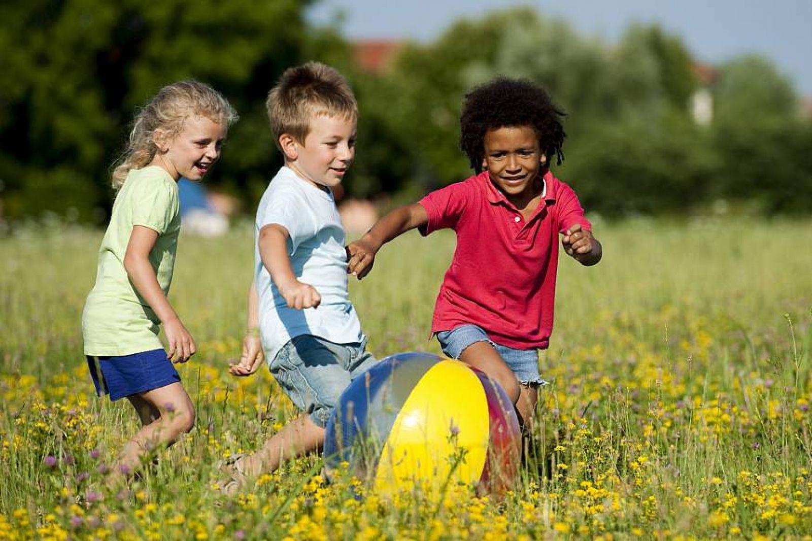 آموزش مهارت های زندگی به کودکان و نوجوانان
